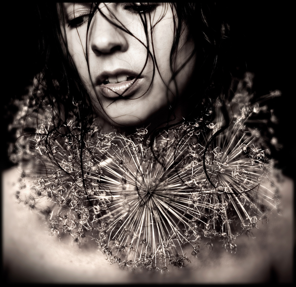 Kirsty_Mitchell_What_Remains_Self_Portrait_BeautifulBizarre