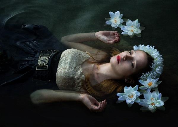 Alexandra_Banti_beautifulbizarre_001