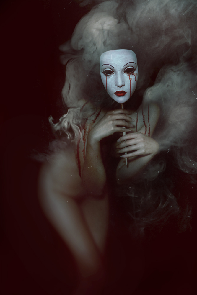 DiHaze_GalleryX_BeautifulBizarre01