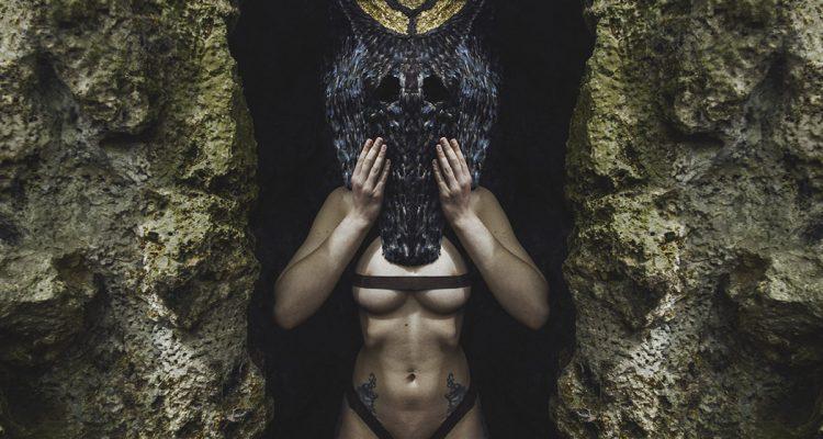 leonard condemine, identity dweller, sculpture, mask, tribal, photography, leonard condemine, sculptor, mask maker, photographer, nature, adventure