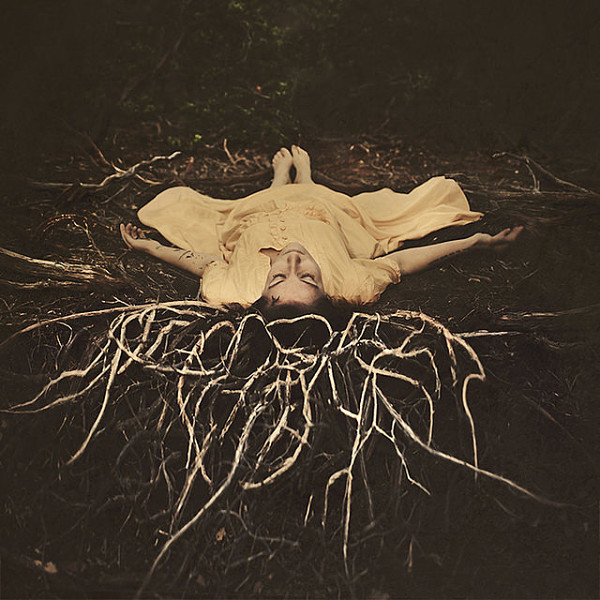 opt_brookeshaden_characteroftheworld_beautifulbizarre_001