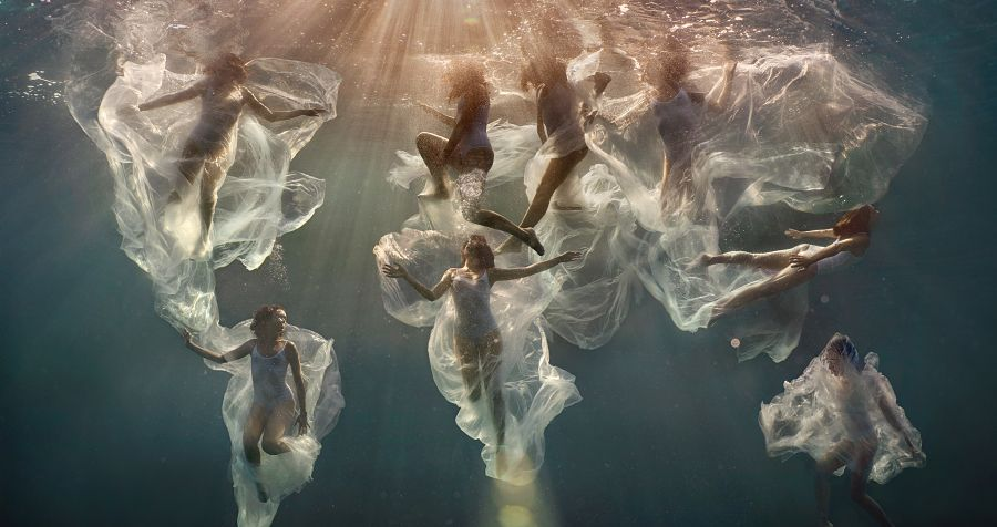 Lexi Laine underwater photography